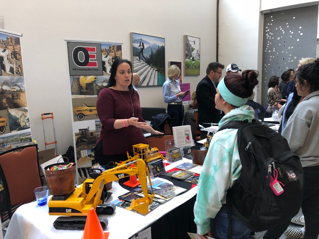 OE Construction at transportation girl and construction girl 2018
