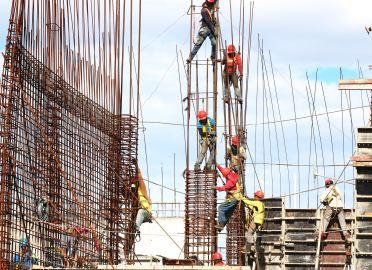 construction crew job site oe blog